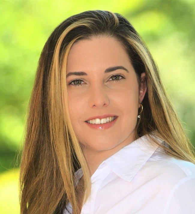 Photo of Deborah Israel Stern